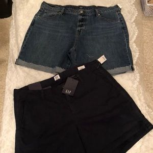 Women Gap shorts